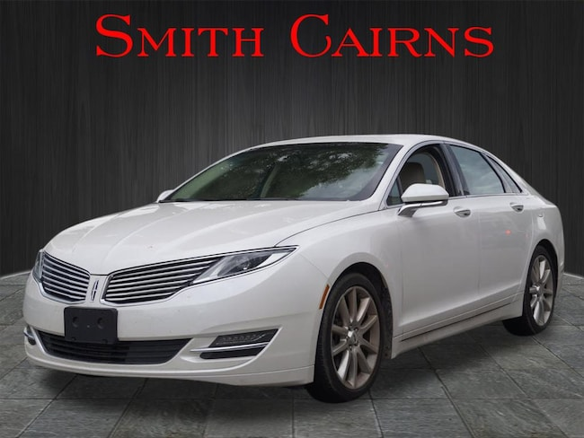 2016 Lincoln MKZ Base AWD  Sedan