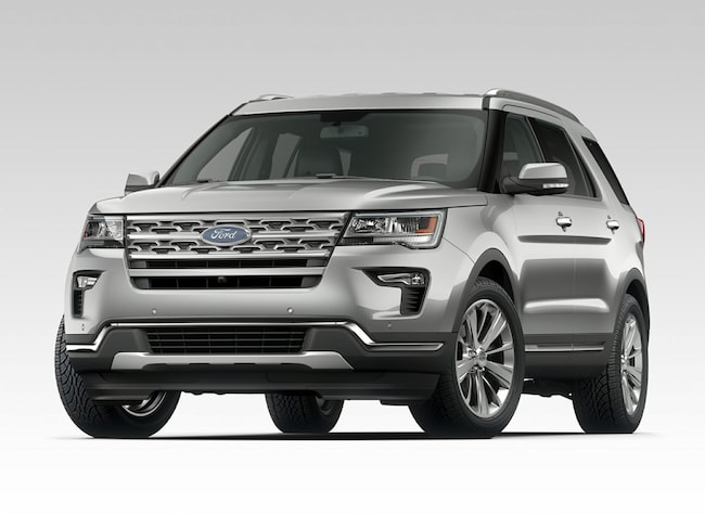 New 2018 Ford Explorer XLT SUV in Saint James, NY