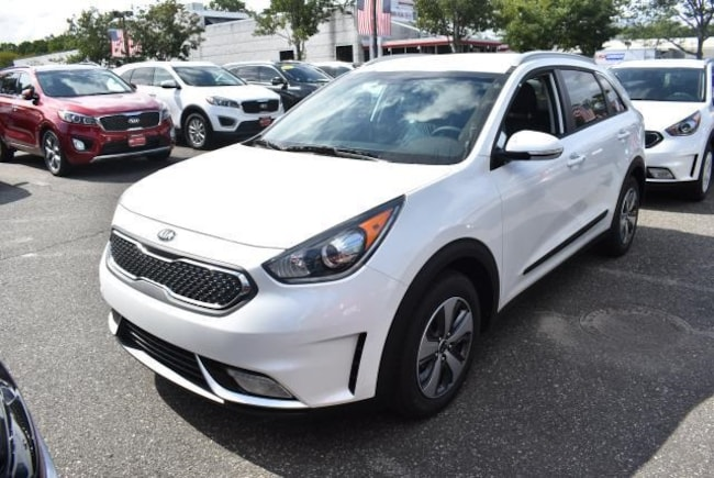 New 2019 Kia Niro EX Wagon in St. James