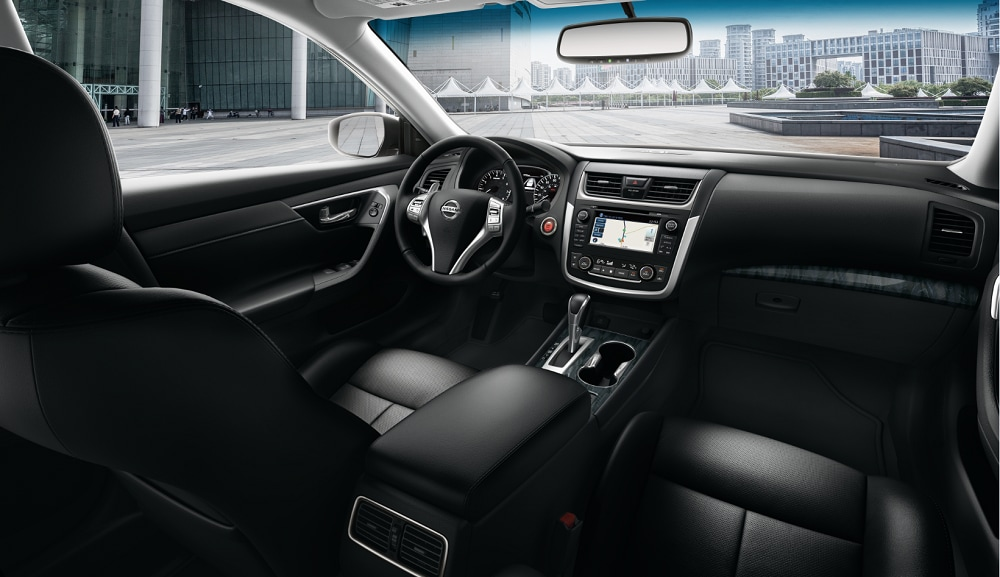 2017 Nissan Altima Interior