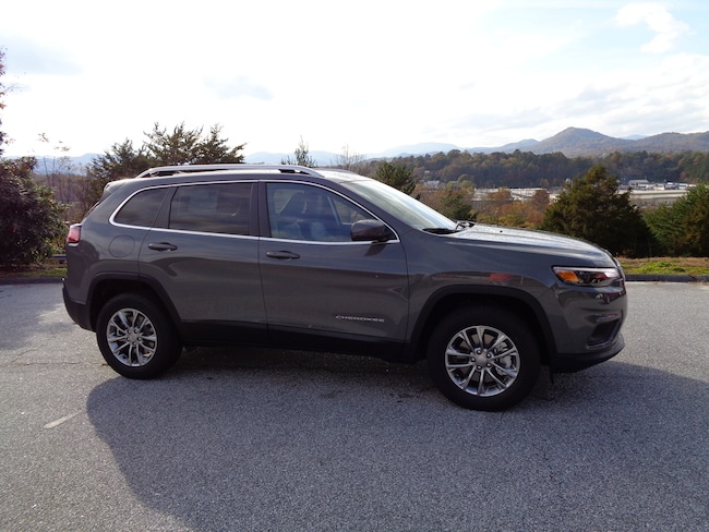 New 2019 Jeep Cherokee LATITUDE PLUS 4X4 Sport Utility Franklin