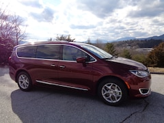 New 2019 Chrysler Pacifica TOURING L PLUS Passenger Van in Franklin, NC