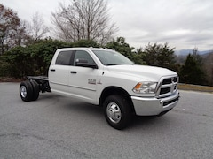 New 2018 Ram 3500 SLT CREW CAB CHASSIS 4X4 172.4 WB Crew Cab in Franklin, NC