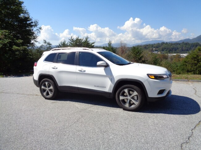 New 2019 Jeep Cherokee LIMITED 4X4 Sport Utility Franklin