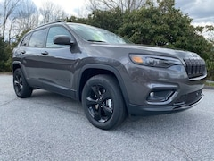 New 2020 Jeep Cherokee ALTITUDE 4X4 Sport Utility in Franklin, NC