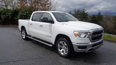 New 2019 Ram 1500 BIG HORN / LONE STAR CREW CAB 4X4 5'7 BOX Crew Cab in Franklin, NC