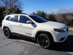 New 2019 Jeep Cherokee ALTITUDE 4X4 Sport Utility in Franklin, NC