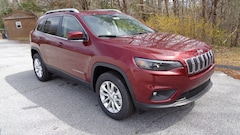 New 2019 Jeep Cherokee LATITUDE 4X4 Sport Utility in Franklin, NC