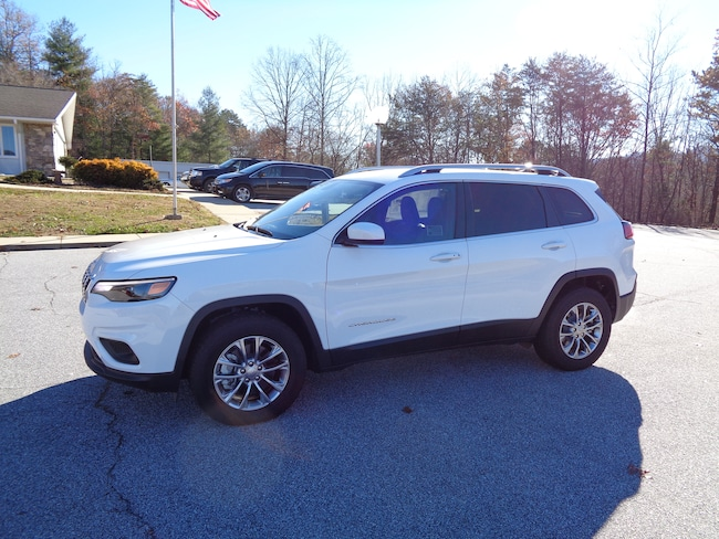 New 2019 Jeep Cherokee LATITUDE PLUS 4X4 Sport Utility Franklin