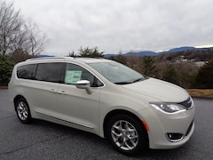 New 2019 Chrysler Pacifica Limited Passenger Van in Franklin, NC