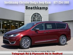New 2018 Chrysler Pacifica LIMITED Passenger Van in Redford, MI near Detroit