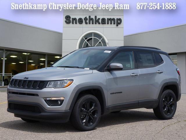 New 2018 Jeep Compass ALTITUDE 4X4 billet silver exterior black interior 0 miles Stock JT325560