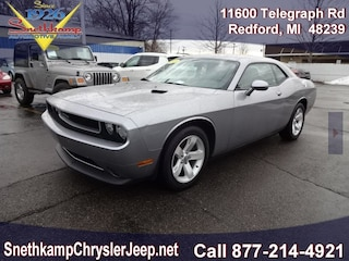 Used 2014 Dodge Challenger SXT Coupe in Redford, MI