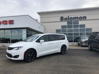 New 2019 Chrysler Pacifica TOURINB PLUS Passenger Van For Sale Brownsville PA
