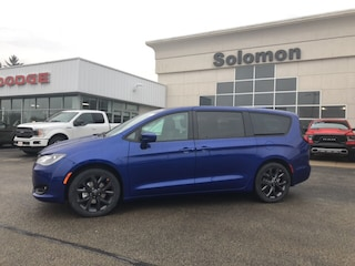 2019 Chrysler Pacifica PACIFICA TOURING Van Regular