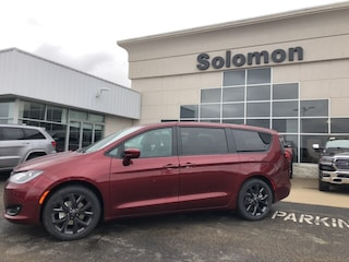 New 2019 Chrysler Pacifica TOURING PLUS Passenger Van For Sale Brownsville PA