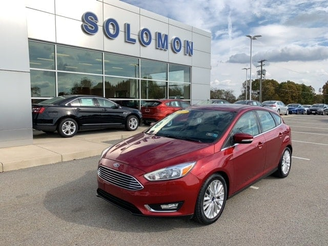 2017 Ford Focus Titanium FORD CERTIFIED Hatchback