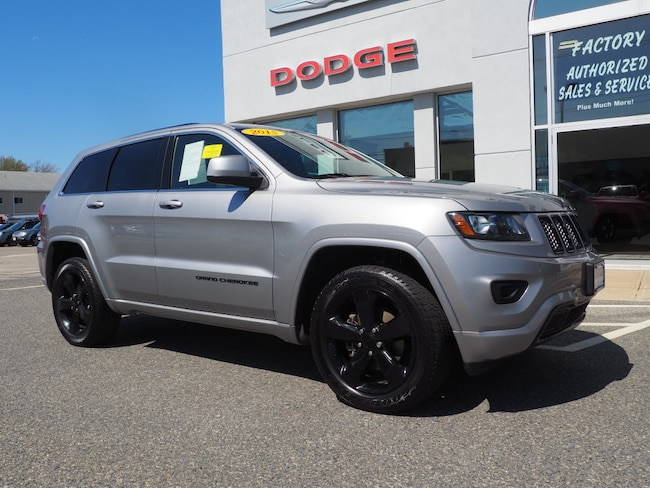 Used 2015 Jeep Grand Cherokee Laredo 4x4 SUV in Somerset, MA