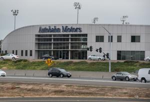 Autobahn motors mercedes benz dealer in belmont near san for Mercedes benz dealership belmont