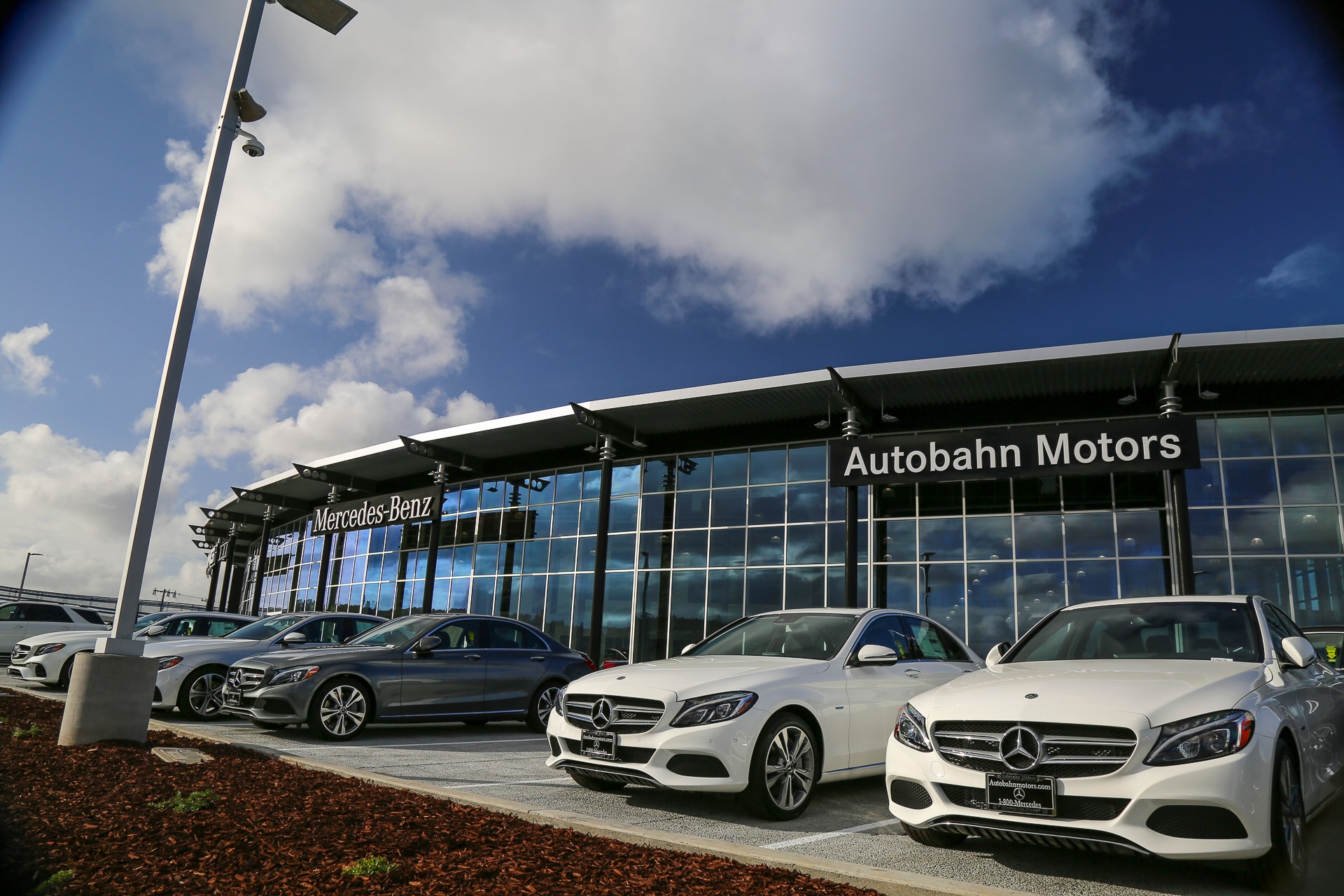 Autobahn motors belmont lawsuit for Mercedes benz belmont