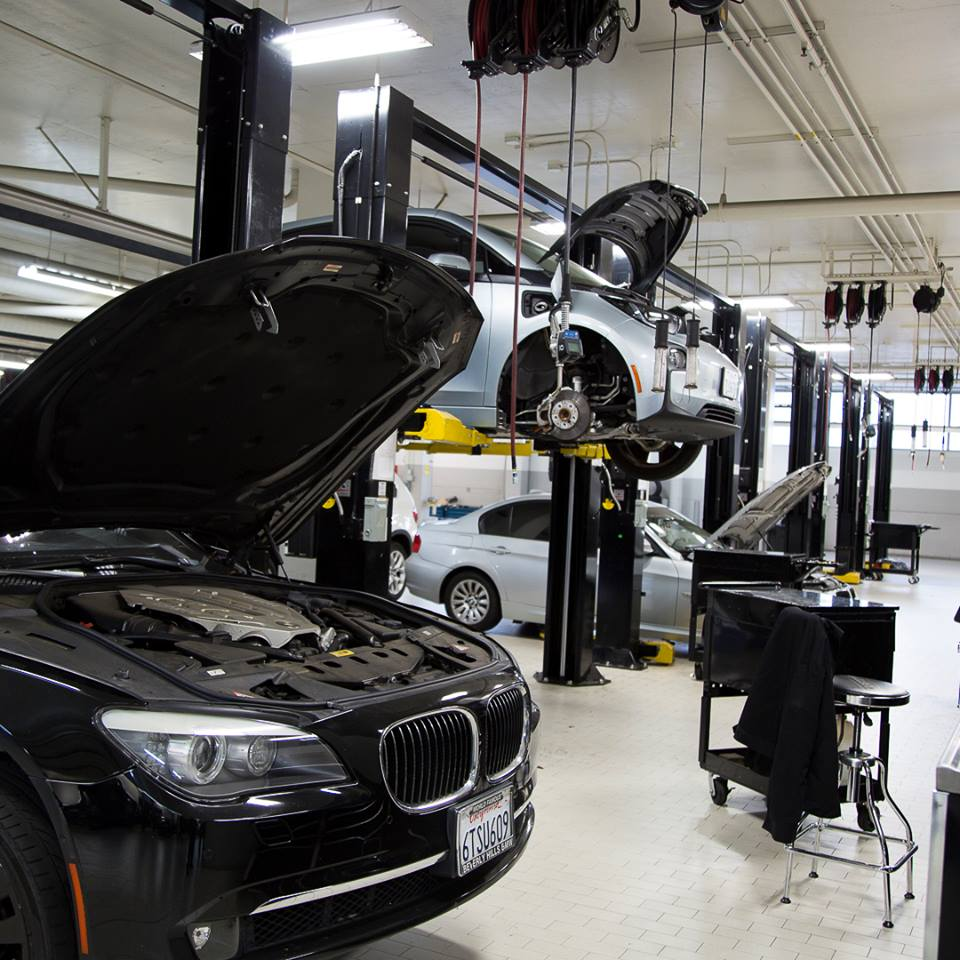 BMW Auto Repair & Service Shop In Los Angeles