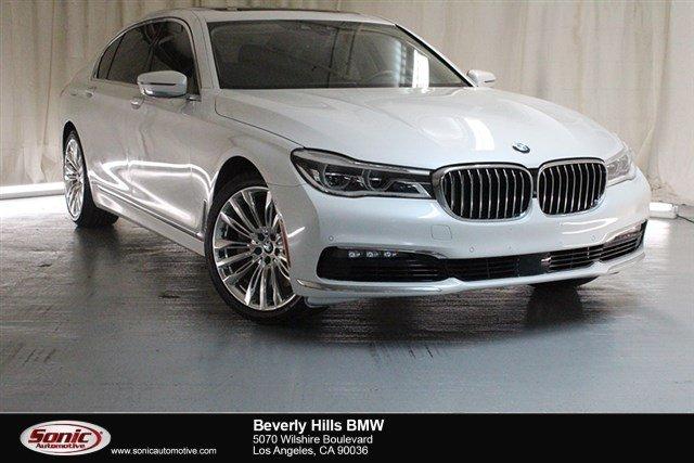 2016 BMW 750i Sedan