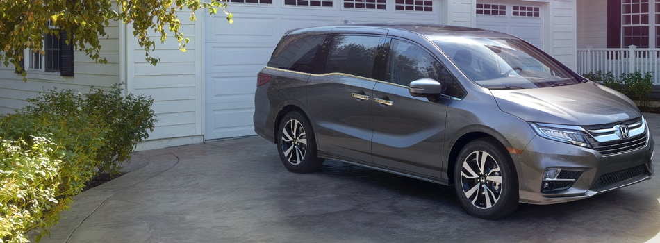 New honda odyssey at honda of santa monica for Honda dealer santa monica
