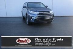 New 2019 Toyota Highlander XLE V6 SUV serving Tampa