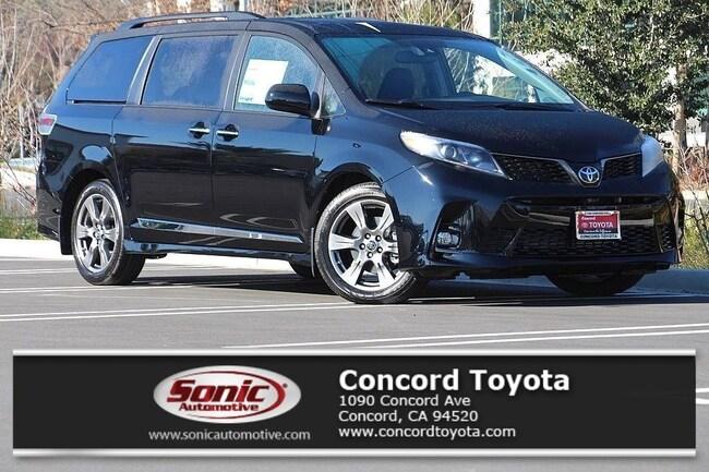 New 2019 Toyota Sienna SE 8 Passenger Van in Concord, CA