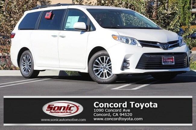 New 2019 Toyota Sienna XLE 8 Passenger Van in Concord, CA