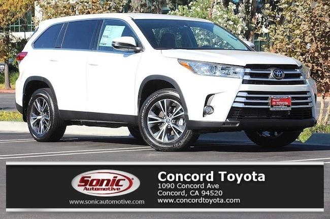 New 2019 Toyota Highlander LE Plus V6 SUV in Concord, CA