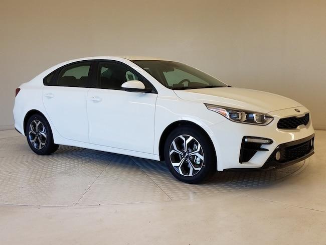 New 2020 Kia Forte LXS Sedan in Columbus