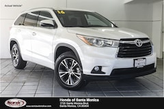 Used 2016 Toyota Highlander XLE V6 SUV for sale in Santa Monica