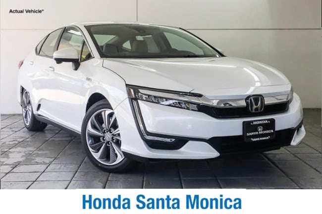 New 2019 Honda Clarity Plug-In Hybrid Touring Sedan Car in Santa Monica