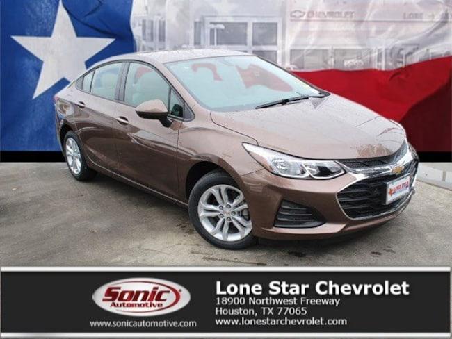 New 2019 Chevrolet Cruze LS Sedan K7126675 in Houston