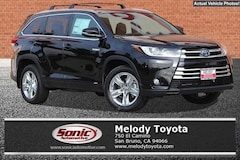 New 2018 Toyota Highlander Hybrid Limited V6 SUV in the Bay Area