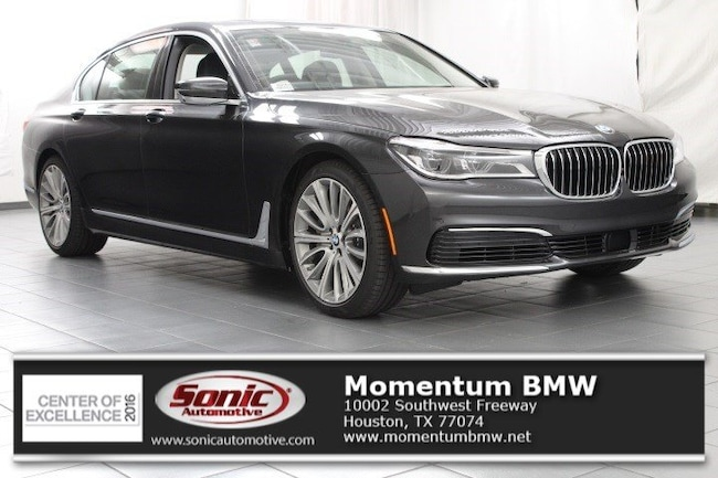 New 2019 BMW 750i Sedan in Houston
