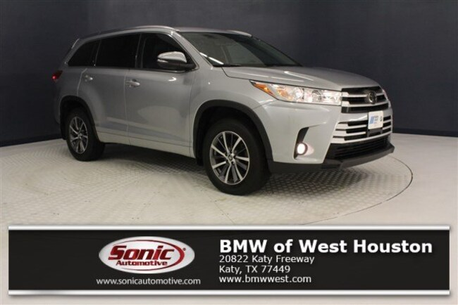 Used 2017 Toyota Highlander XLE SUV in Houston