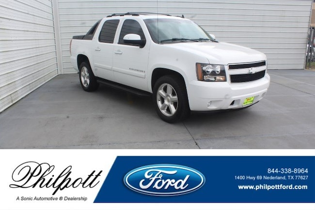 Used 2007 Chevrolet Avalanche 1500 LT w/3LT 2WD Crew Cab 130 Truck Crew Cab for sale in Nederland, TX