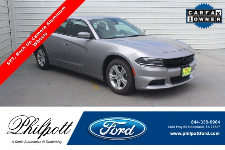 Used 2018 Dodge Charger SXT  RWD Sedan for sale in Nederland, TX
