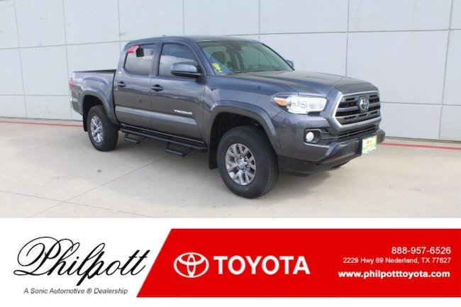 New 2019 Toyota Tacoma SR5 V6 Truck Double Cab in Nederland