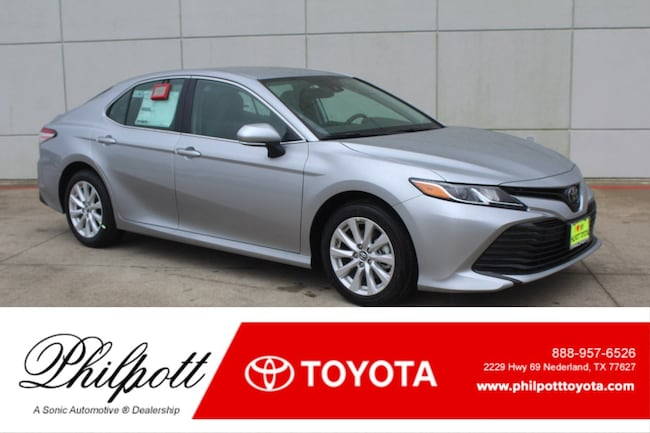 New 2019 Toyota Camry LE Sedan in Nederland