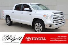 2015 Toyota Tundra Platinum Crewmax 5.7L V8 6-Spd AT  Natl Truck CrewMax