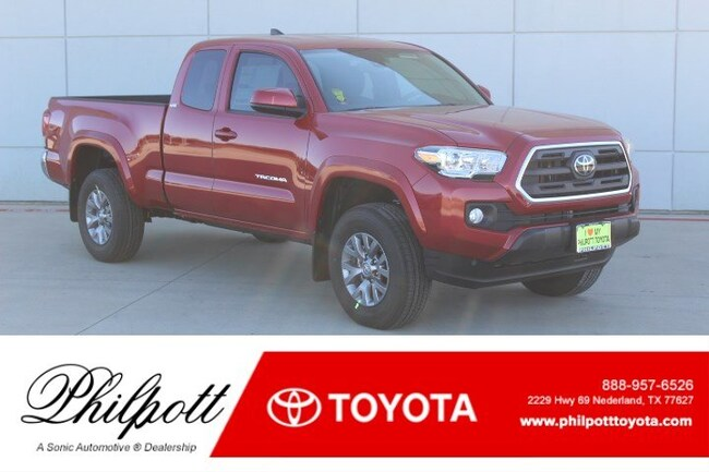 New 2019 Toyota Tacoma SR5 V6 Truck Access Cab in Nederland