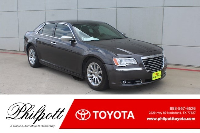 Used 2013 Chrysler 300C 300C 4dr Sdn  RWD Sedan for sale in Nederland, TX
