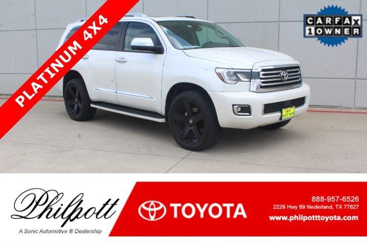 2018 Toyota Sequoia Platinum  4WD FFV Natl SUV