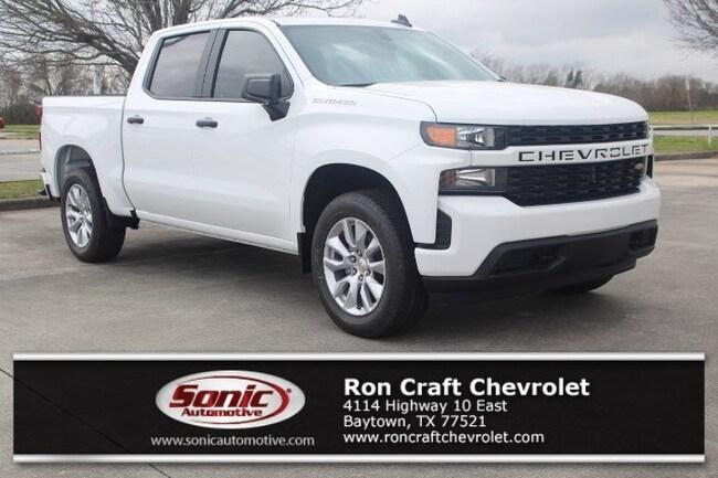 New 2019 Chevrolet Silverado 1500 Silverado Custom Truck Crew Cab for sale near Houston in Baytown