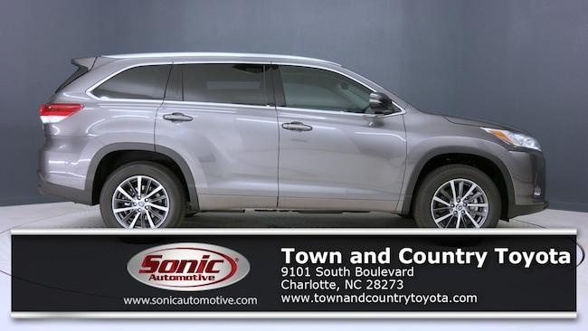 New 2019 Toyota Highlander XLE V6 SUV for sale in Charlotte, NC
