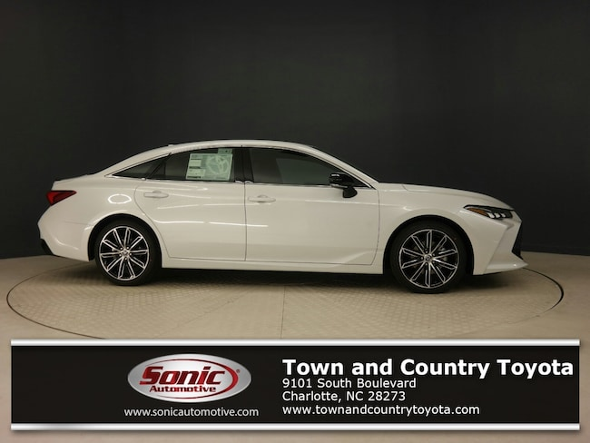 New 2019 Toyota Avalon XSE Sedan for sale in Charlotte, NC