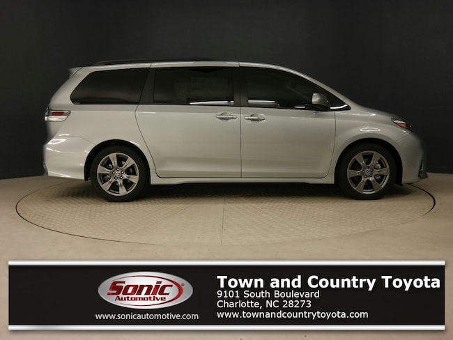 New 2019 Toyota Sienna SE Premium 8 Passenger Van for sale in Charlotte, NC